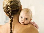 Что делать если после родов сильно выпадают волосы