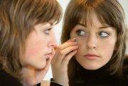 Как удалить милиумы на лице