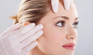 Особенности подтяжки лица хирургическим путем и цена операции