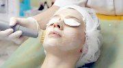 Проведение брашинга для лица